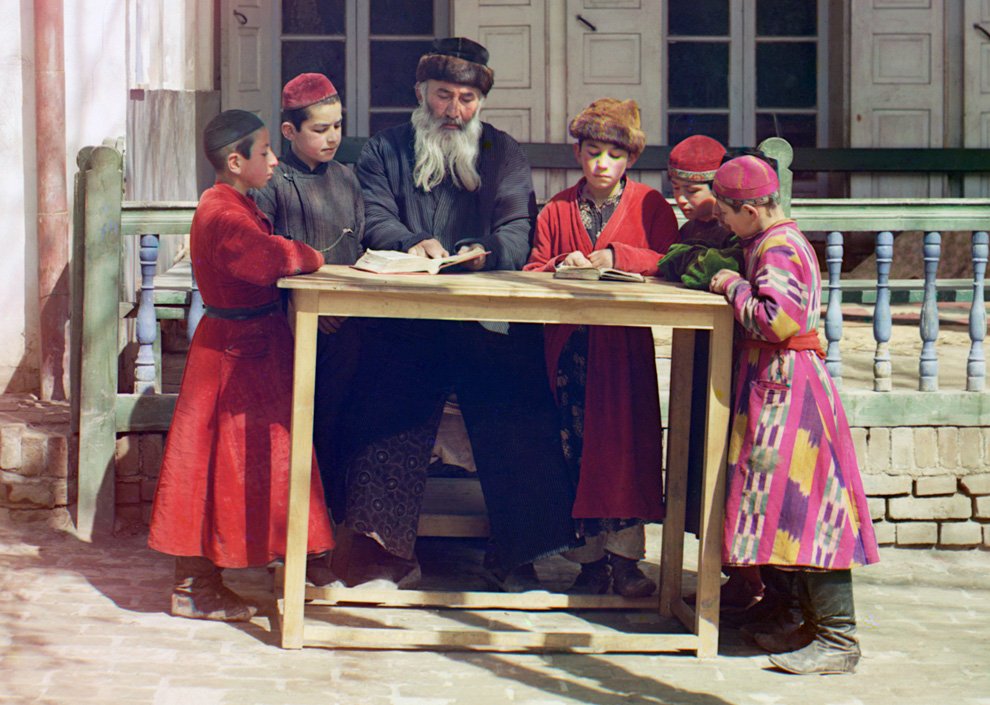 A 100 years old color photographs of the Russian Empire