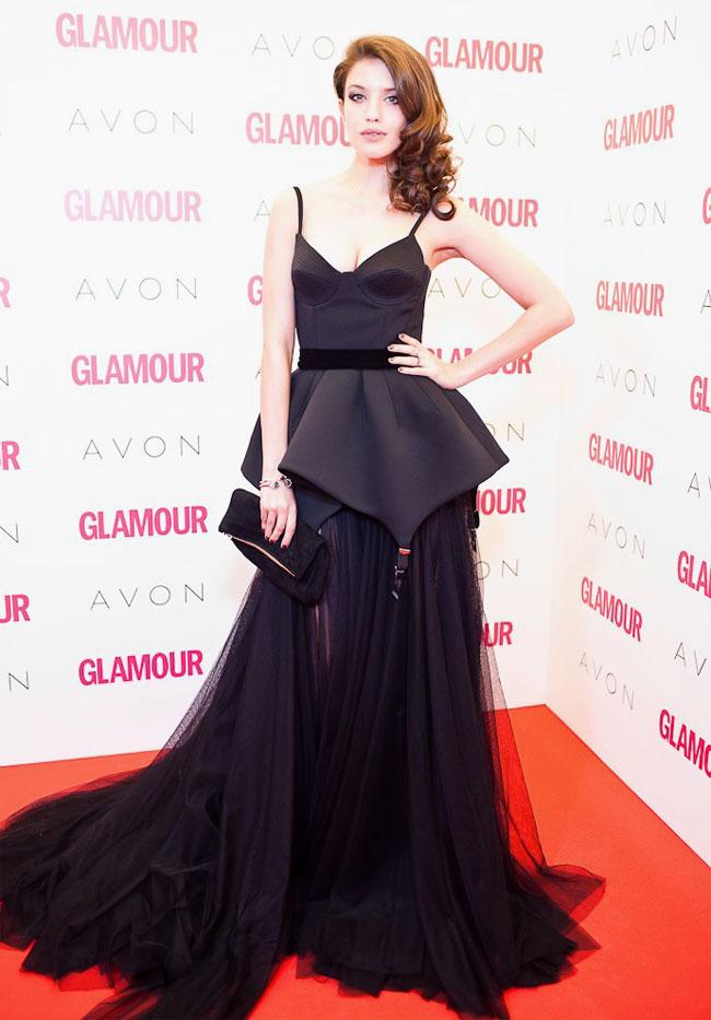 10 Oscar Worthy Dresses